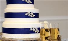 Washington Plaza Hotel Wedding - Cake with Champagne